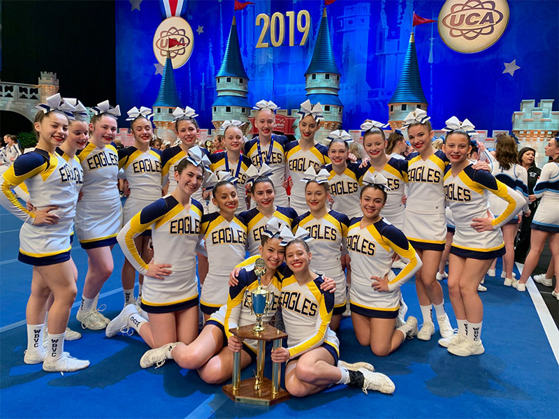 Cheerleaders Take Sixth in the Nation