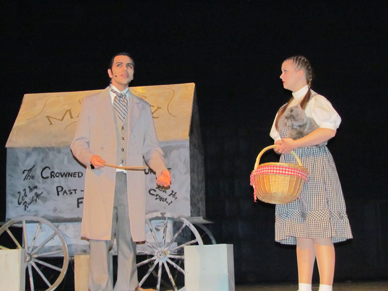 'The Wizard of Oz' Plays to a Packed Auditorium