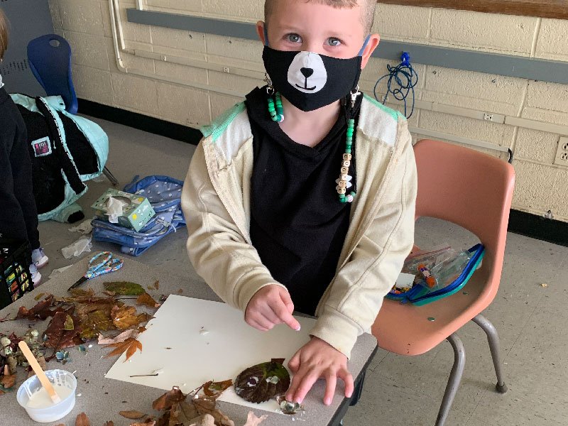 Creativity Shines During Outdoor Leaf Hunt