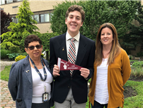 Donohue Earns Elks Scholarship photo